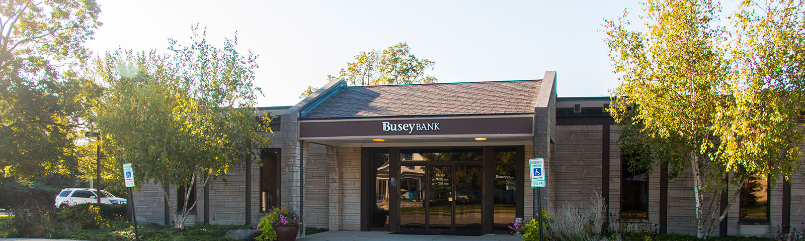 Busey Bank LeRoy location